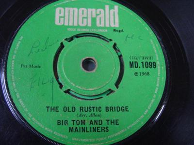 Emerald MD.1099 - BIG TOM MAINLINERS - OLD RUSTIC BRIDGE